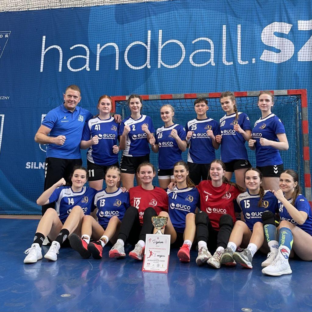 Juniorki Dziewiątki awansowały do 1/8 Finału Mistrzostw Polski